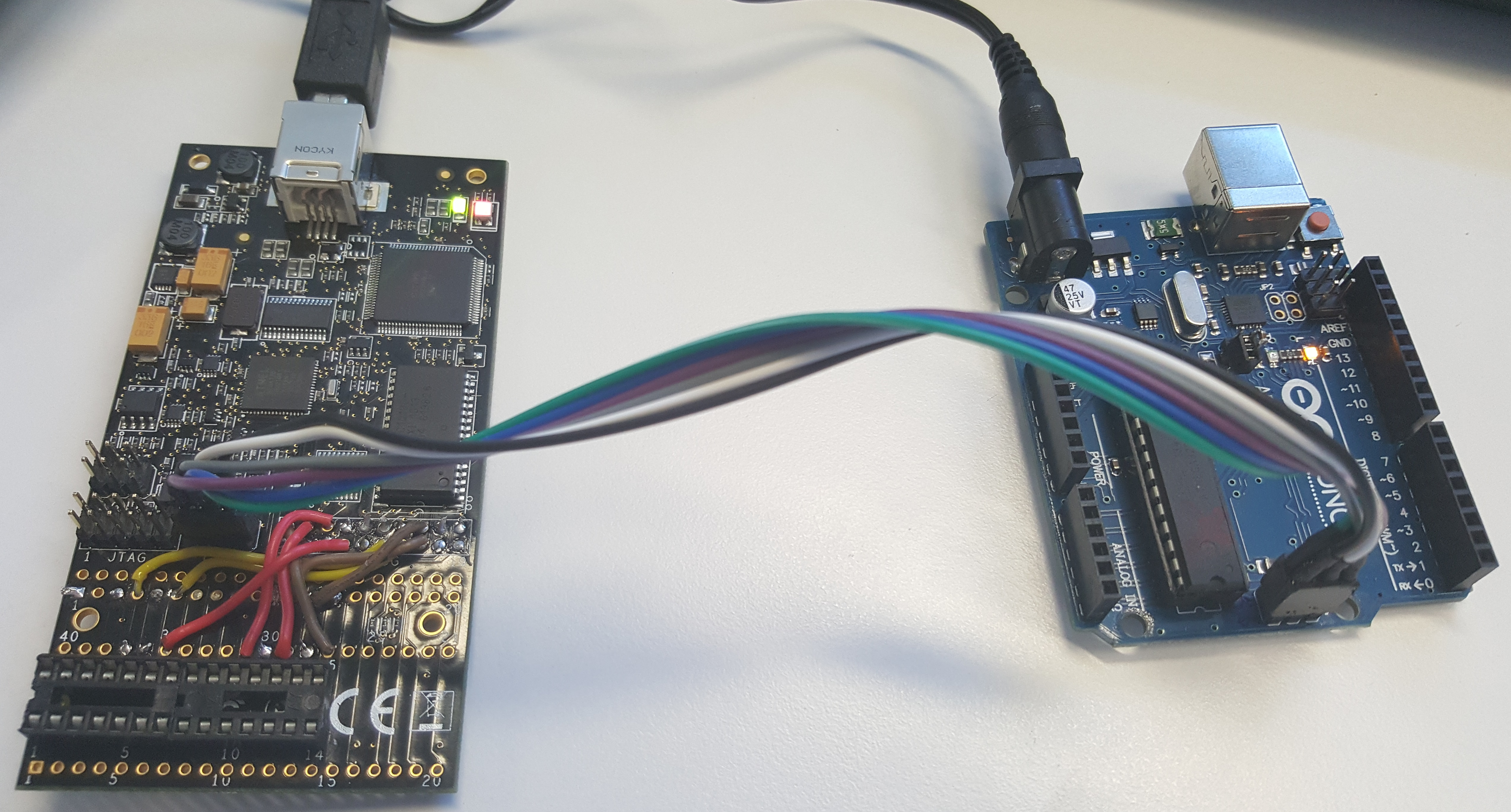 AVR dragon and Arduino UNO interface using an ISP cable