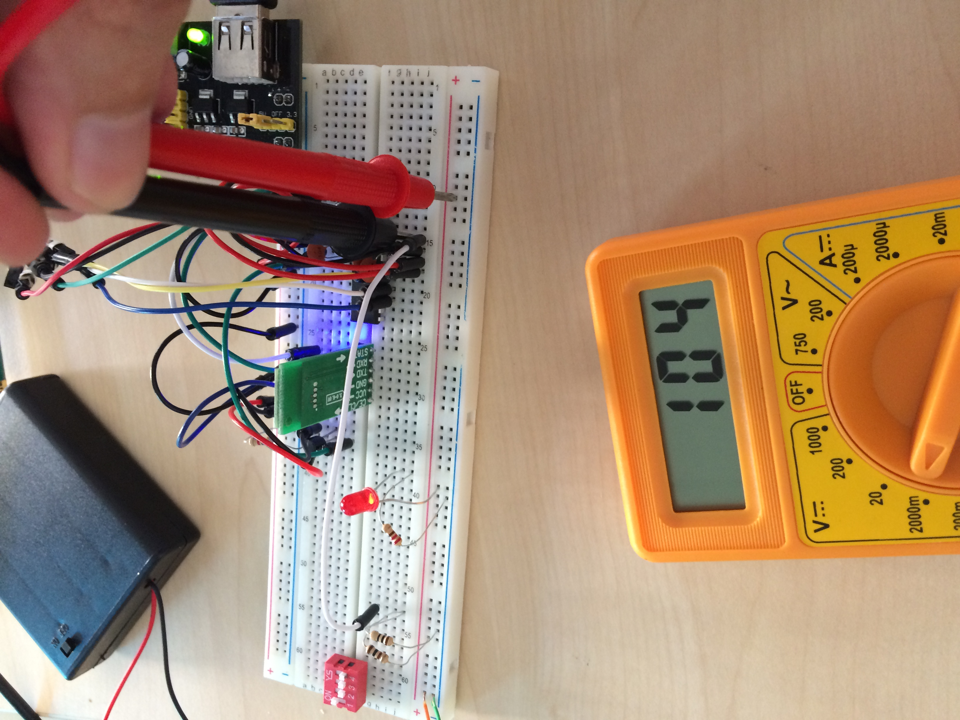 Measure Voltage Coming From Solar Panel With Avr Freaks Divider To Step Down Say A 12v Power Supply 5v